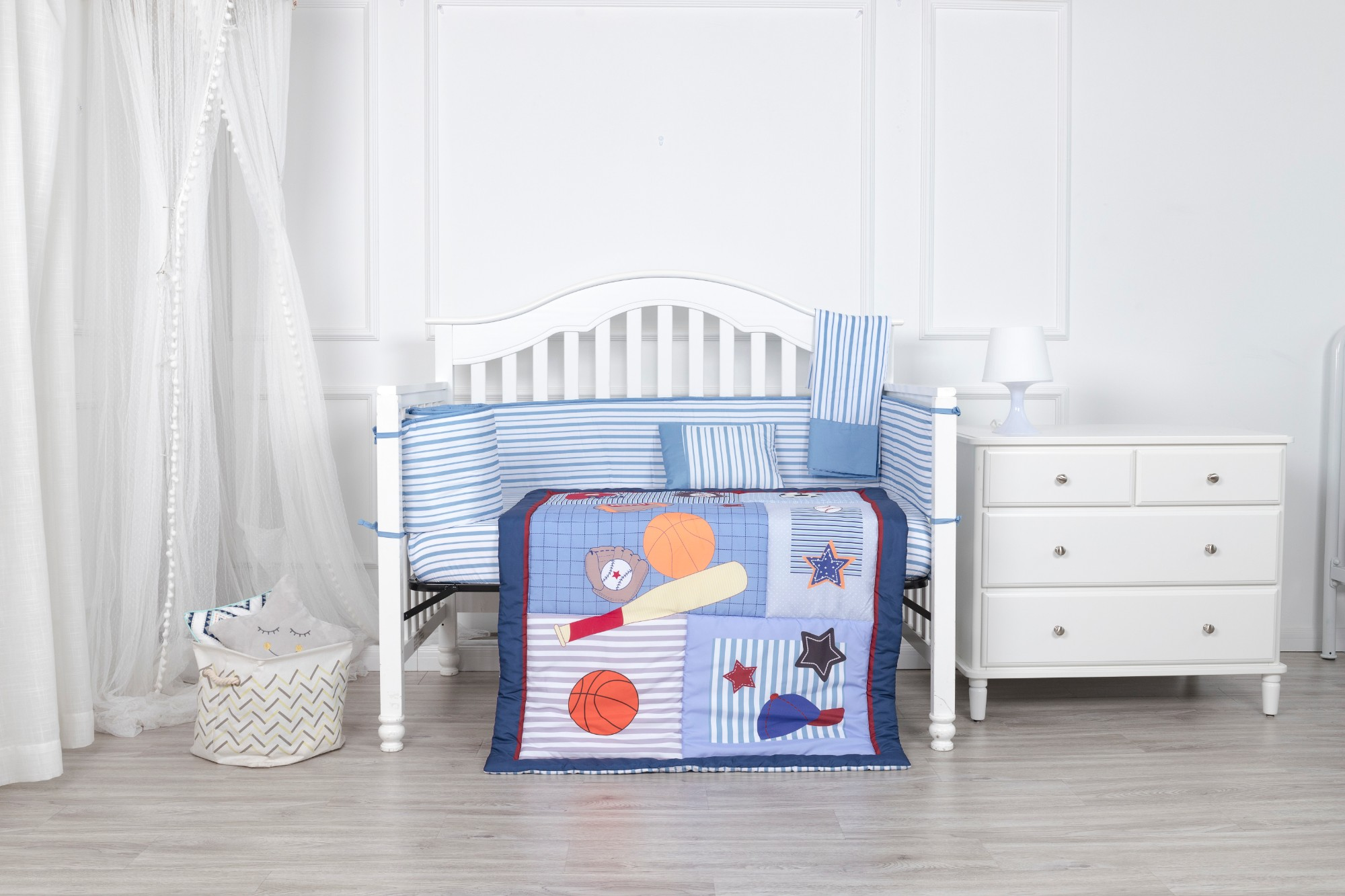 Sports theme microfiber baby bedding set boy blue color crib bedding set with bumper